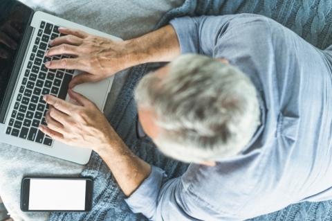 Nestlé lança ferramenta para inclusão da população sênior no meio digital