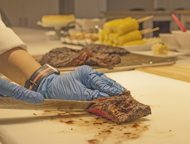 Indústrias de carnes pedem apoio do governo após a alta de preços