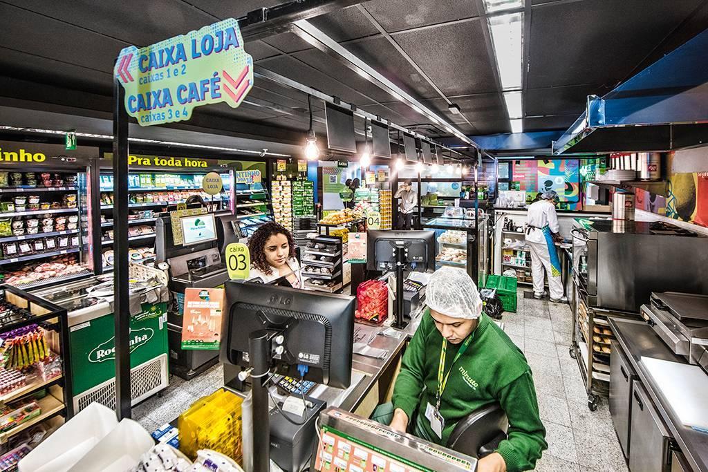 As estratégias de Carrefour e Pão de Açúcar para elevar vendas de saudáveis