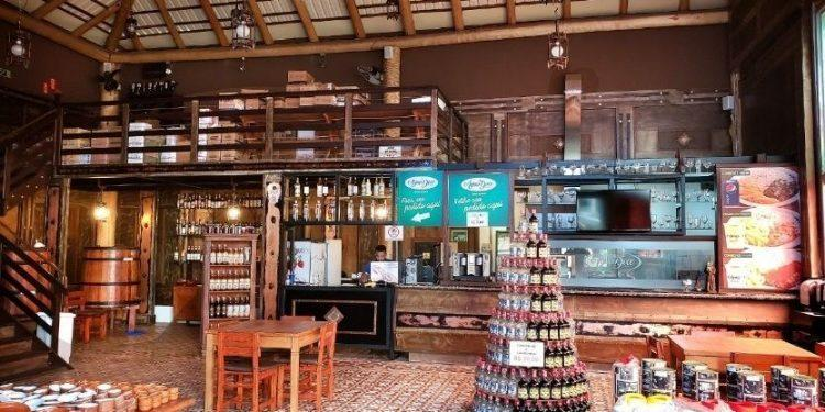 Água Doce inaugura primeira loja de conveniência no mercado de alimentos