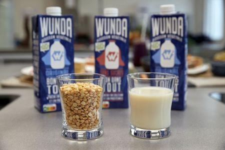 Nestlé lança marca de ''leite'' à base de ervilha