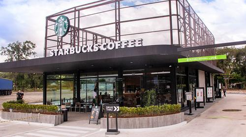 Starbucks inaugura 1ª loja no formato drive-thru no Brasil