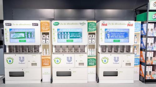Unilever avança na redução do plástico com novos designs, produtos concentrados e refil