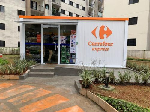 Carrefour inaugura primeira loja container