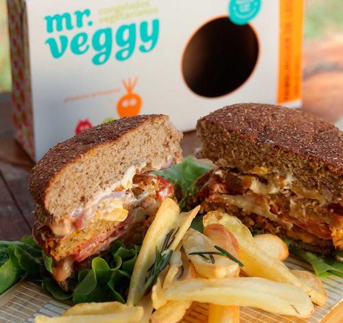 Mr. Veggy lança hambúrguer vegetal a R$1,90