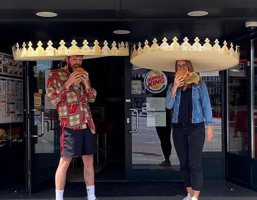 INTERNACIONAL: Burger King testa ações para garantir o distanciamento social