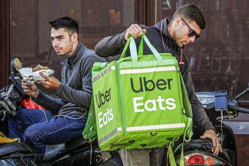 Uber compra startup de delivery de bebidas alcoólicas e mostra foco no Eats
